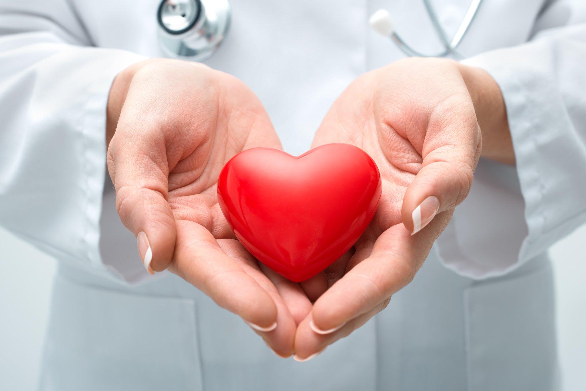 nurse_holdingheart